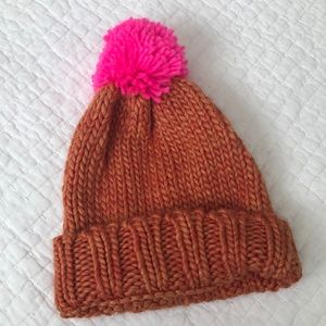 Anthropologie hat, orange beanie neon pink pompom